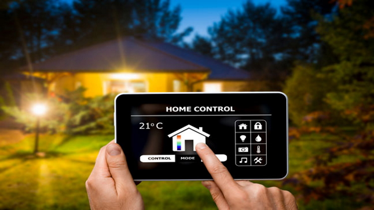 Контроль за системой через смартфон. Источник фото: home.bt.com